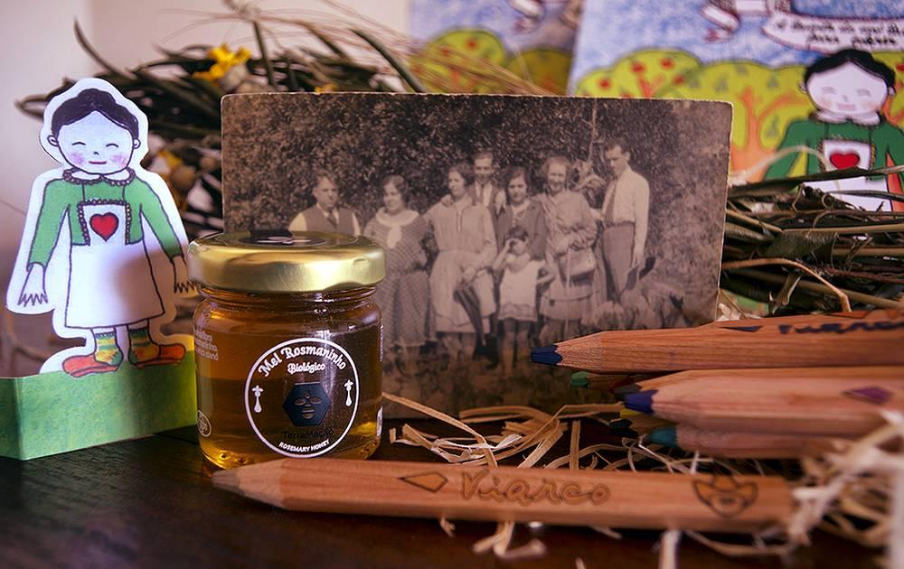 A Quinta da Avó Quitéria | Brinquedo e mel ecológico